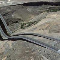 Voici les routes les plus bizarres du monde… vues sur Google Earth! (photos)
