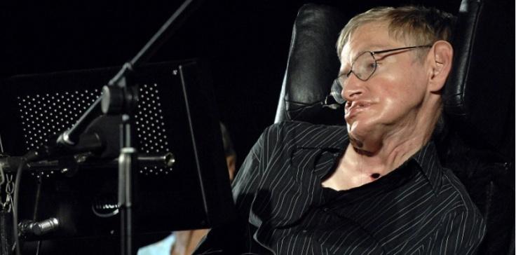 L'astrophysicien Stephen Hawking durant une conférence à Ajaccio le 26 juillet 2007. AFP