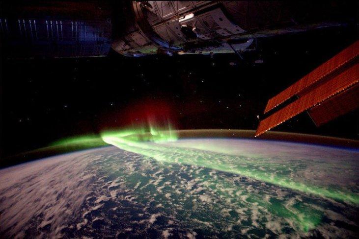 Les aurores boréales vues de l'espace